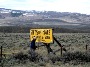 sign_stetson_hat